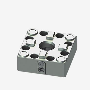 70方形手动军头卡盘(螺丝锁紧)